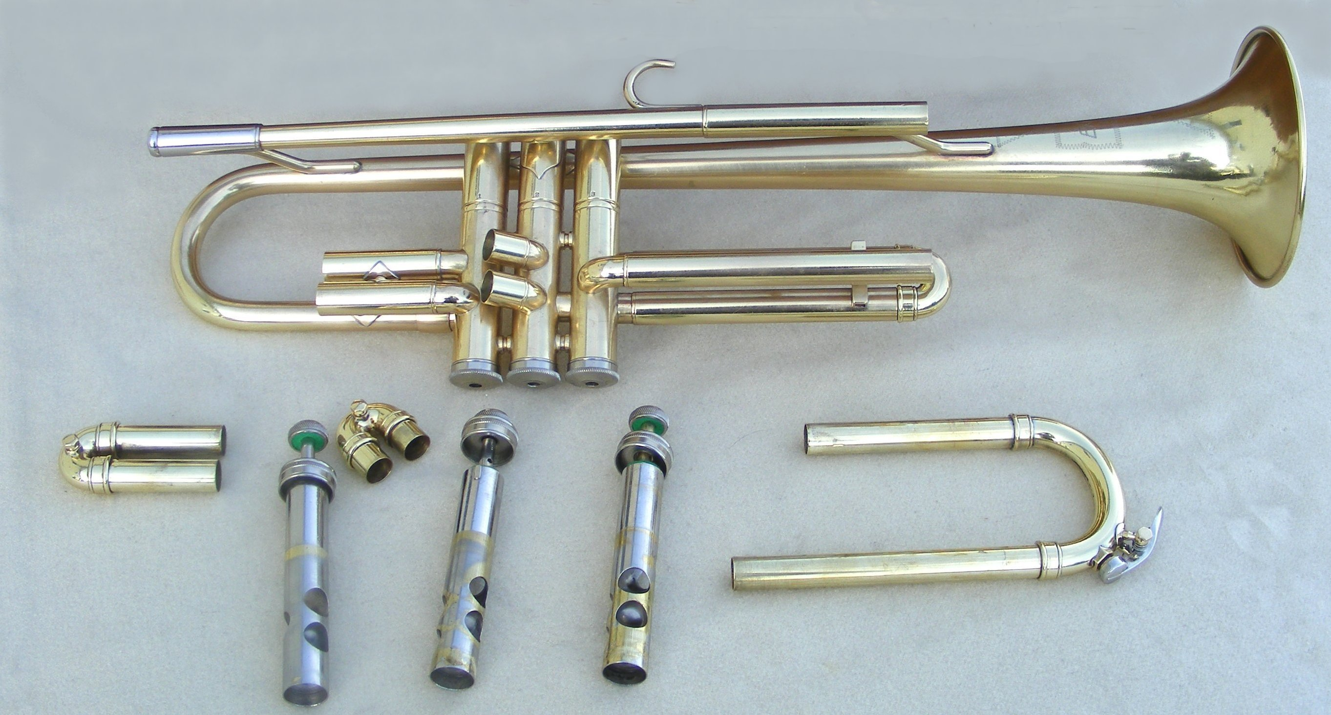 How To Clean A Trumpet | TrumpetHub